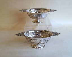 Pair of Victorian dishes