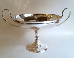 Silver standing dish